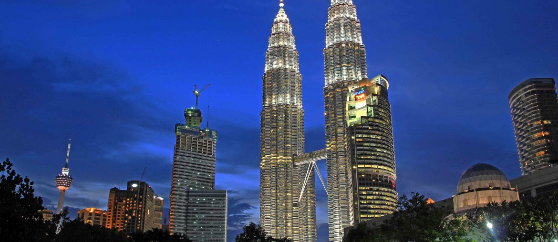 Petronas Twin Towers, Kuala Lumpur, Malaysia backpacking trip itinerary,