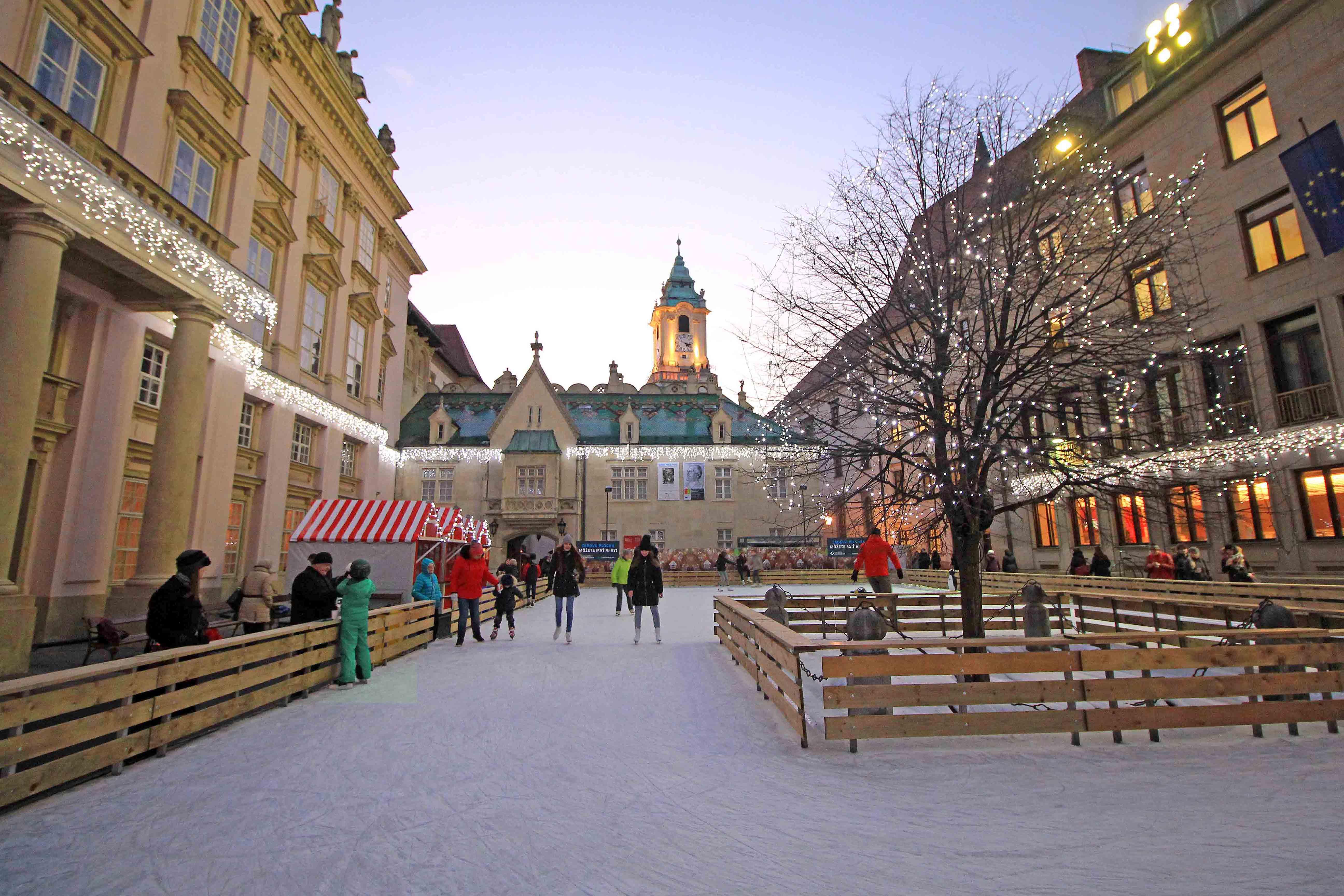 4126c8e18 Bratislava Guide - Best things to do in winter time - PlacesofJuma