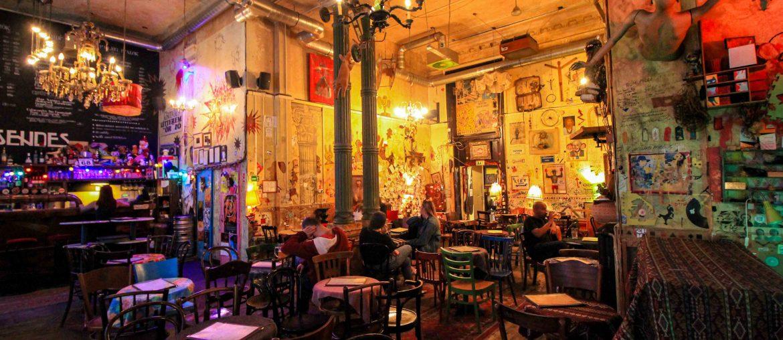 CsendesLétterem, Vintage Bar & Café,