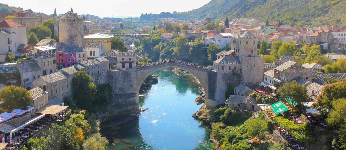 Koski Mehmed Pasa Moschee, View, Old Bridge of Mostar