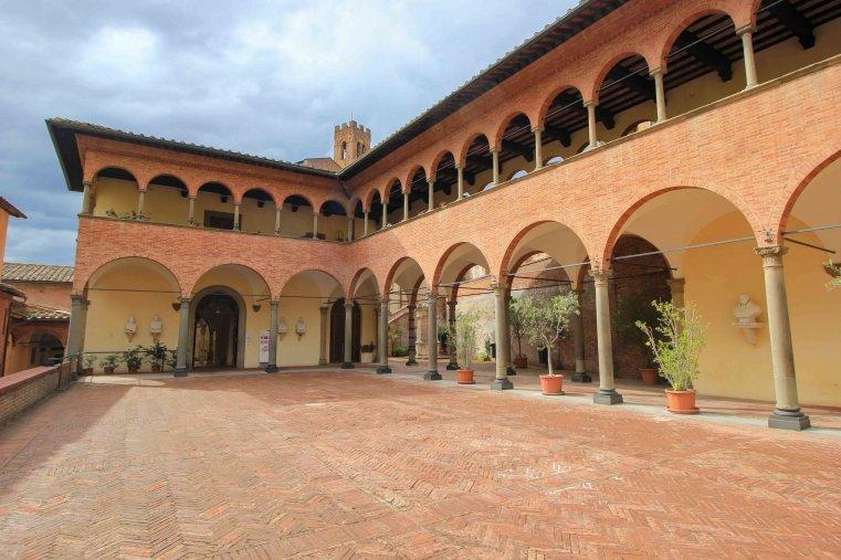 Santuario di Santa Caterina - Сиена